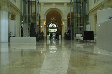 Stonecare - celkový pohled po lokální rekonstrukci mramorové dlažby